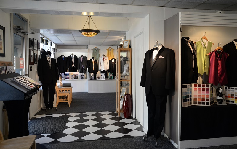 Interior entrance Cantalamessa Formals, Uniontown, PA